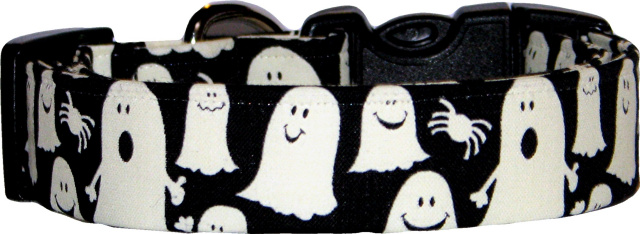 Glow in The Dark Ghosts Dog Collar