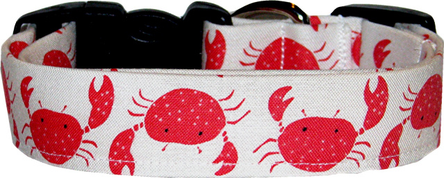 Coral Crabs on White Dog Collar